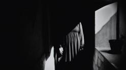 """""""Dincolo de lumină și umbre"""" - lansare album foto"""